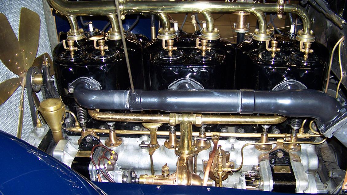 1938 Packard V-12